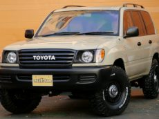 Transform your 100 Series Land Cruiser into a FJ60 Inspired Retro-Mod with a Flex Dream Kit