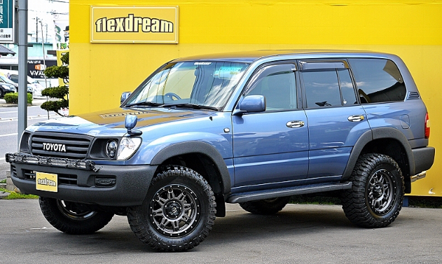www.FlexDream.jp LC100 to LC60 Front Fascia Conversion Kit Available in USA from Extreme Landcruiser