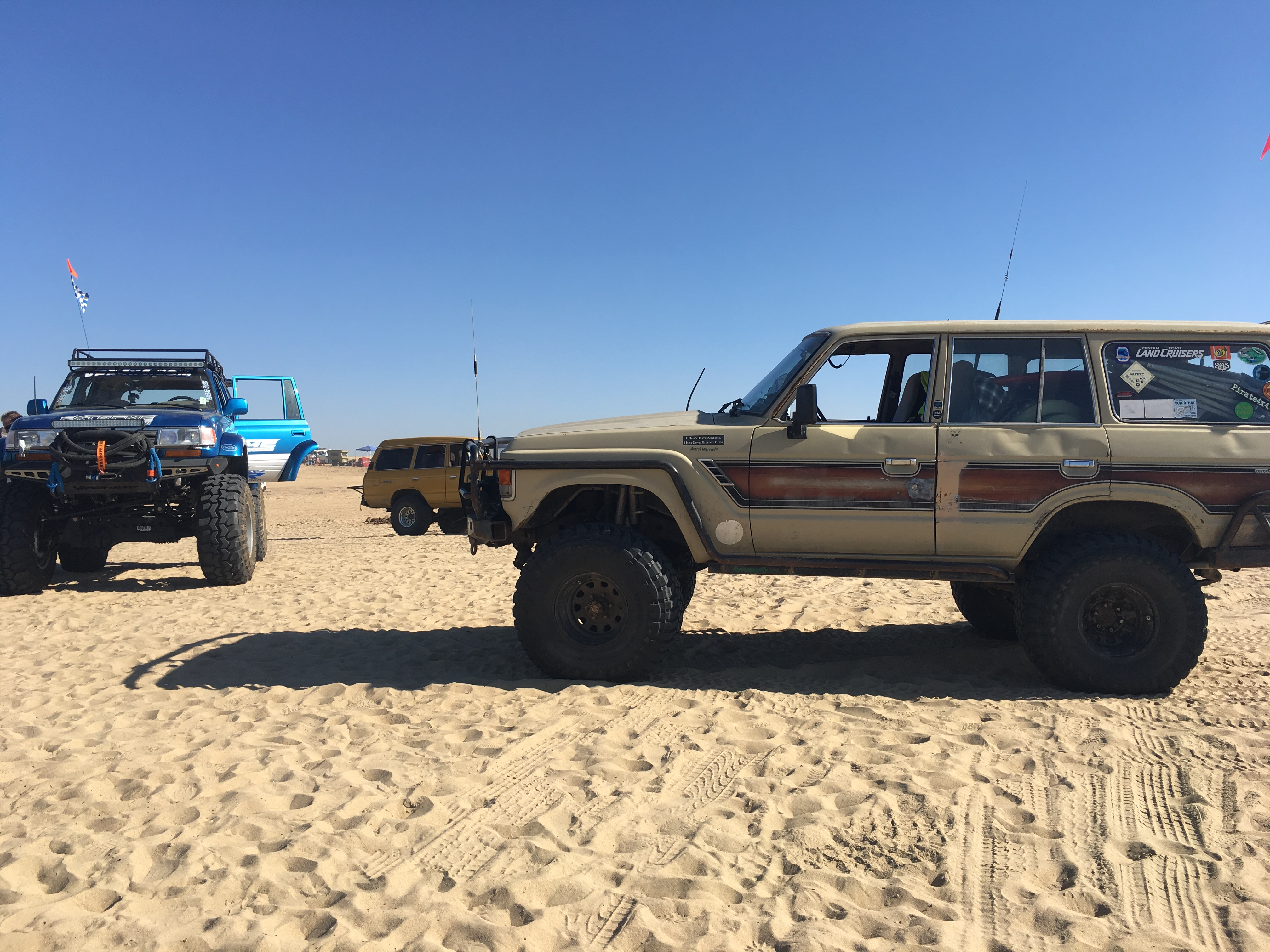 PismoJim's FJ60 Toyota Land Cruiser at Turf-N-Surf 2016