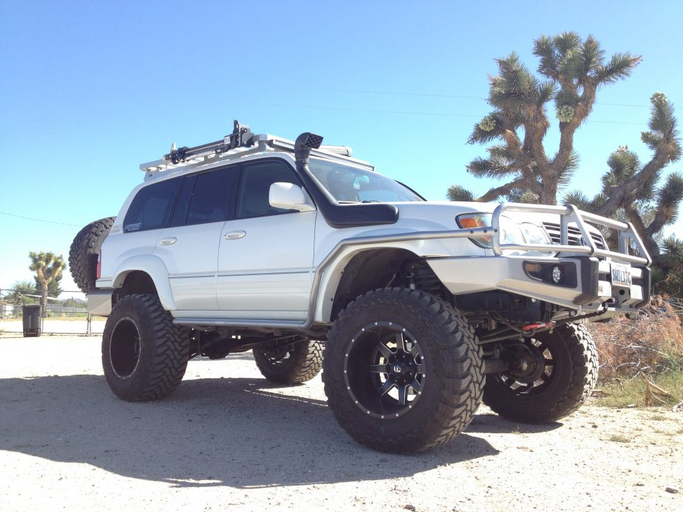 Monster Lexus LX470 on 38″ Tires